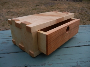 fingerjointed box